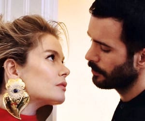 fashion, hot couple, and tv couple image