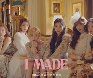 idle, k-pop, and minnie image