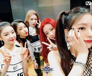 girl group, girls, and JYP image