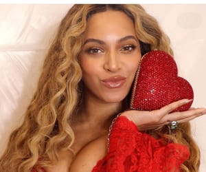 red, Valentine's Day, and beyoncé image