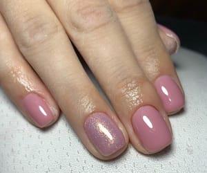 nails, shiny, and spring nails image