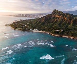 diamond head, hawaii, and Honolulu image