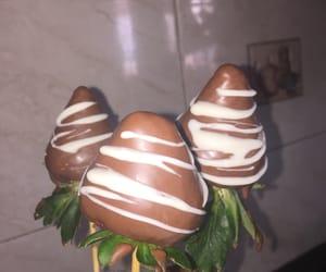 chocolate and fresas image