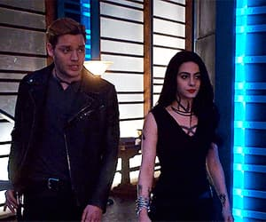 actor, izzy lightwood, and shadowhunters image