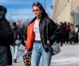 fashion and taylor hill image