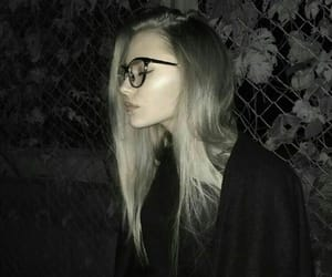 aesthetic, tumblr, and girl with glasses image