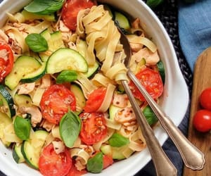 food, pasta, and vegetable image