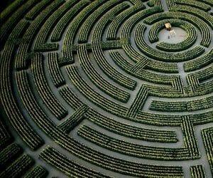 labyrinth and maze image