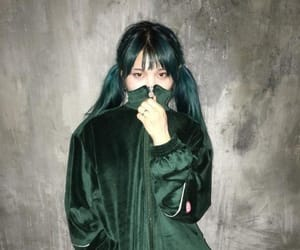 grunge, jvcki wai, and hong yeeun image