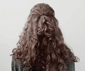hairstyle, haïr, and curly hair image