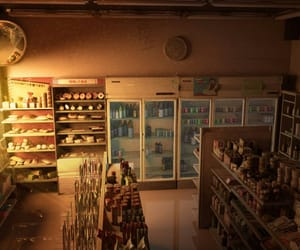 light and store image