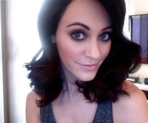 girl, hairstyle, and sarah urie image