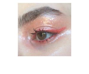 eye, eye makeup, and glossy image