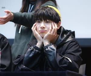 black hair, fansign, and 양정인 image
