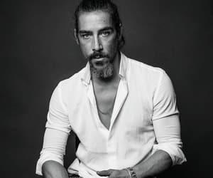 actor, handsome, and Óscar jaenada image