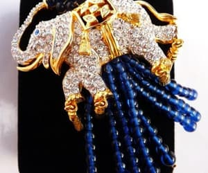 Elizabeth Taylor, etsy, and vintage brooch pin image