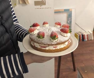 aesthetic and cake image