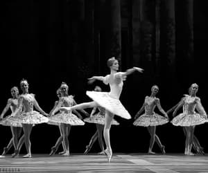 ballet, gif, and girls image