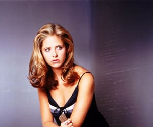girl, pretty, and sarah michelle gellar image