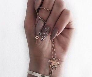 belleza, nail, and joya image