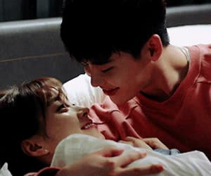 couple, gif, and han hyojoo image