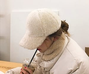 fashion, hat, and soft image