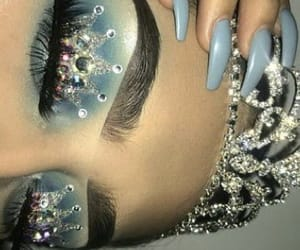 blue, Queen, and eyemakeup image
