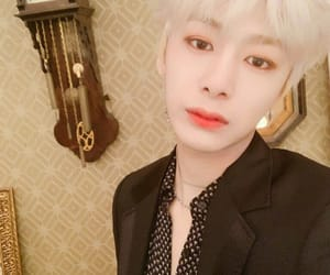 beautiful, kpop, and boy image