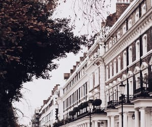 london and travel image