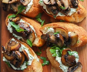 mushrooms and vegetarian image