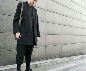 aesthetic, black, and korean image