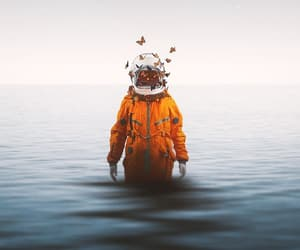 alone, fondos de pantalla, and astronaut image