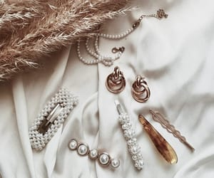 accessories, gold, and hair image