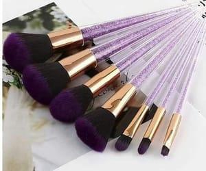 Brushes, glitter, and brochas image