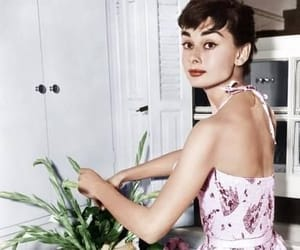 50s, hollywood, and outfit image