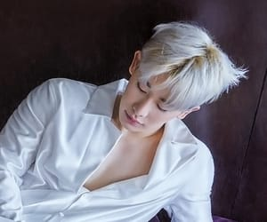 beautiful, kpop, and wonho image