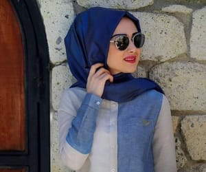 Modeling, hijabstyle, and hijabista image