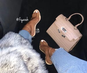 high heels heel, winter hiver look, and outfit clothes chic image