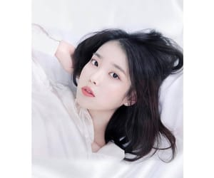 iu, 아이유, and dwlrma image