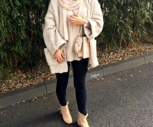 fall, hijab, and hijabista image