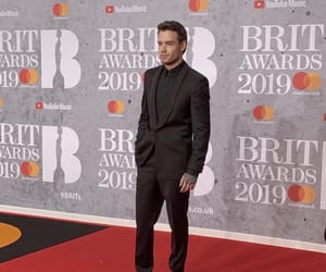 red carpet, brit awards, and liam image