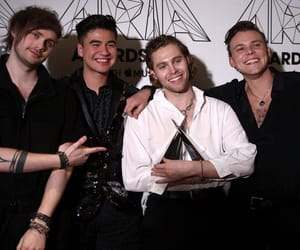 luke hemmings, 5sos, and michael clifford image