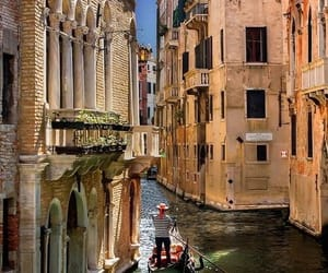 italy and venise image