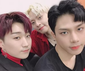 debut, trei, and lee jaejun image