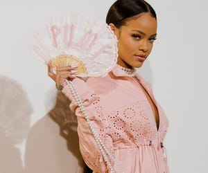 rihanna, pearls, and pink image