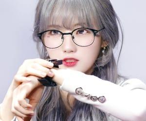 kpop, luda, and cosmic girls image