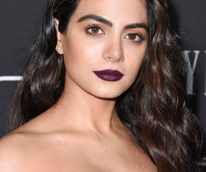 beauty, shadowhunters, and emeraude toubia image