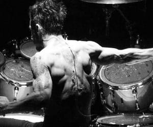 30 seconds to mars, muscles, and shannon leto image
