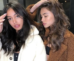 madison beer, cindy kimberly, and friends image