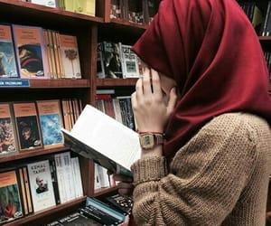 hijab, islam, and müslimah image